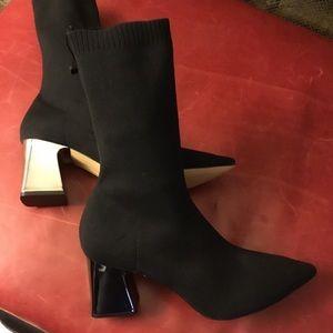 New Zara black pull-on stretch mid calf sock boots